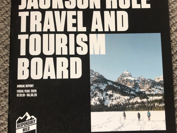https://visitjacksonhole.imgix.net/images/IMG_3091.jpg?auto=format%2Ccompress&crop=focalpoint&cs=strip&fillTransforms=1&fit=crop&fp-x=0.5&fp-y=0.5&h=450&q=80&w=600