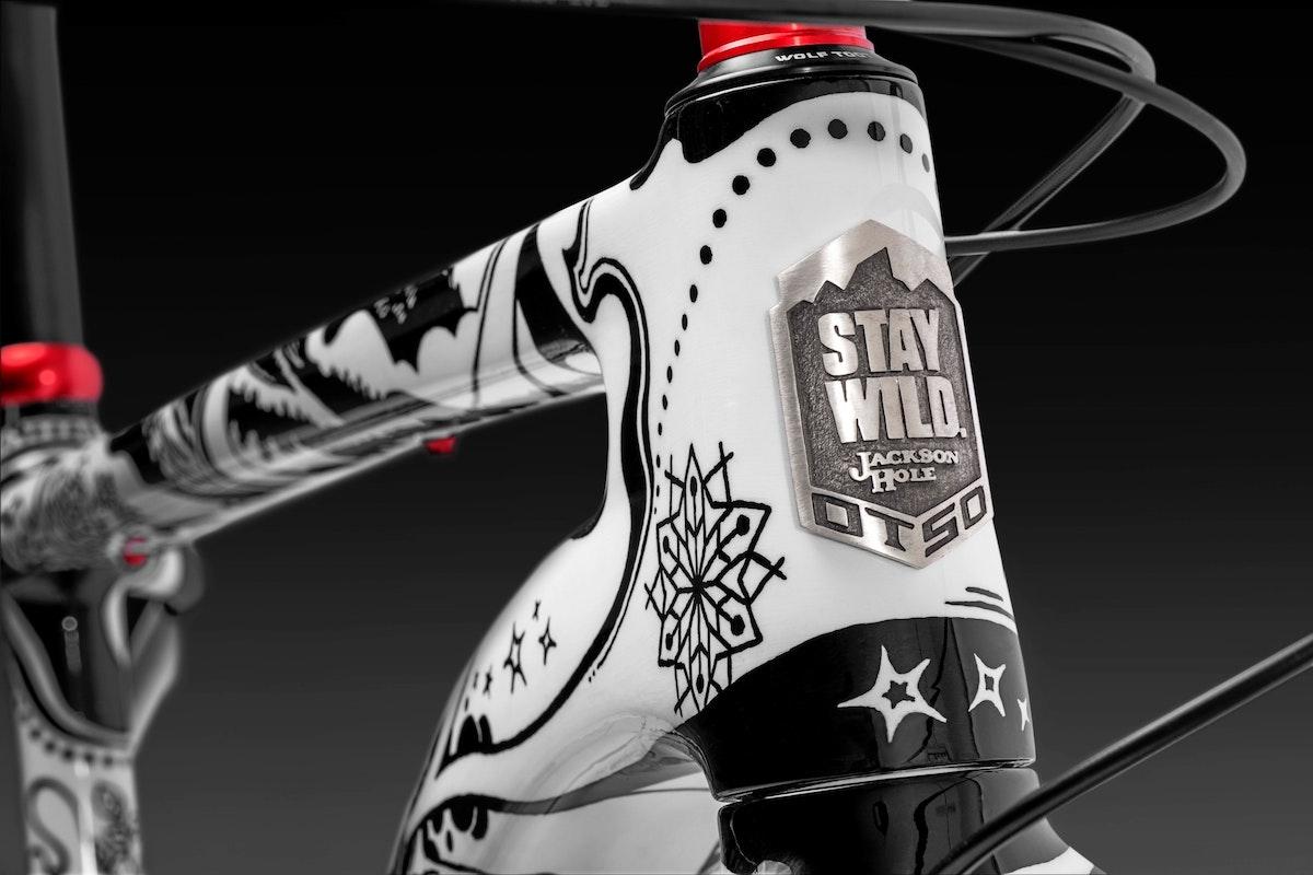 Jh Staywildbike 013 Blackbkgnd Rt1